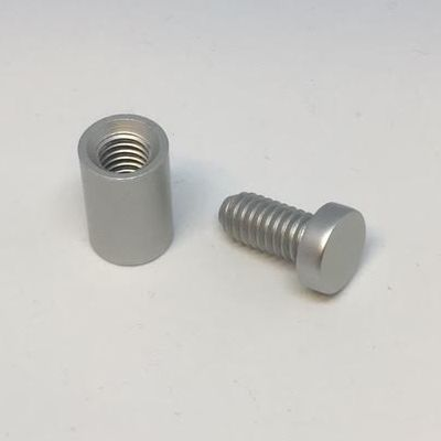 Avstandsknotter til skilt, matt aluminium
